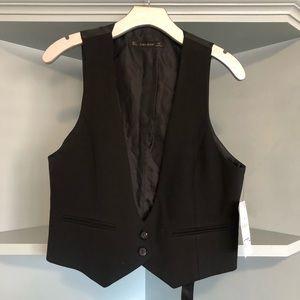 Feminine Black Zara Vest